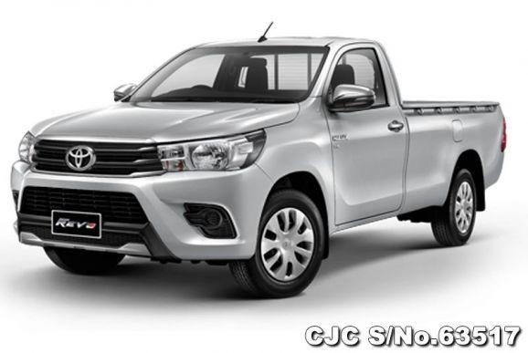 Toyota Hilux Revo Manual 2018-Silver