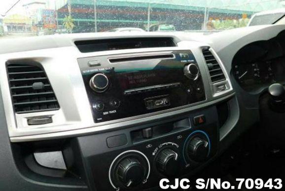 Hilux Vigo Smart Cab 2014