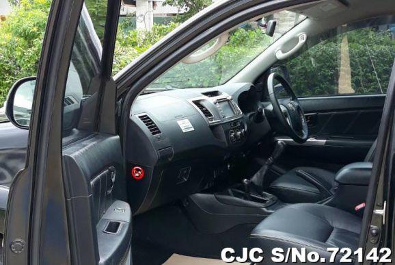 Hilux Vigo Champ, 3.0 Double Cab 2014-Front-Seats