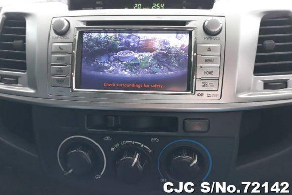 Hilux Vigo Champ, 3.0 Double Cab 2014-Screen