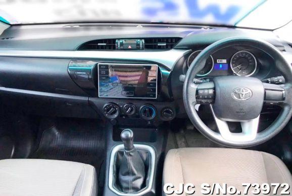 Toyota Hilux Revo Silver Manual 2015
