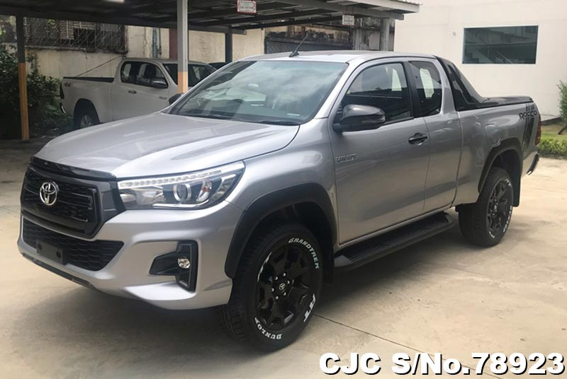 Toyota Hilux Revo Rocco Silver AT 2019 2.4L Diesel