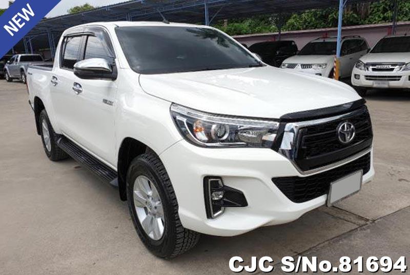 Toyota Hilux Revo White AT 2018 2.4L Diesel