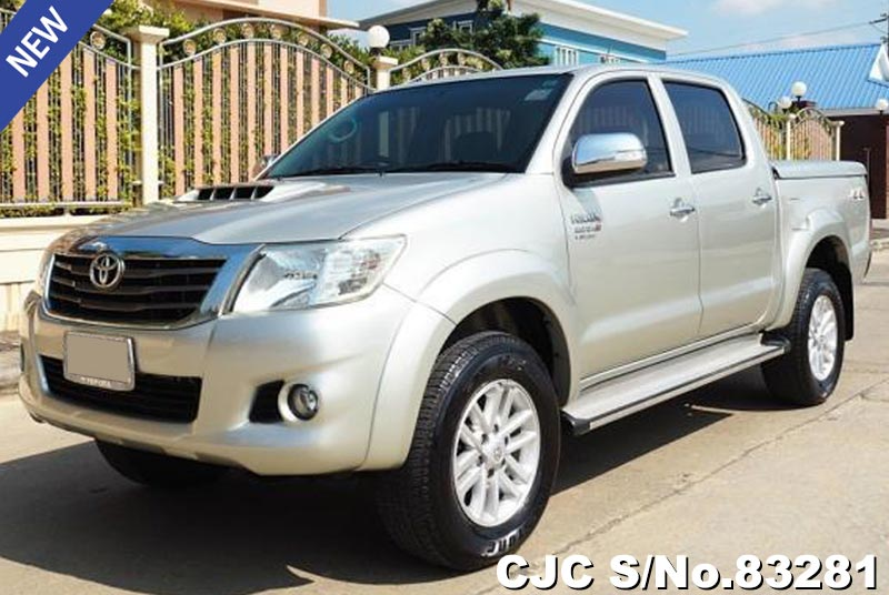 Toyota Hilux Vigo Silver AT Double Cab 2014 3.0L