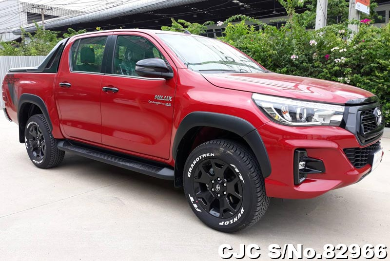 Toyota Hilux Revo Rocco Red MT 2018 2.8L Diesel