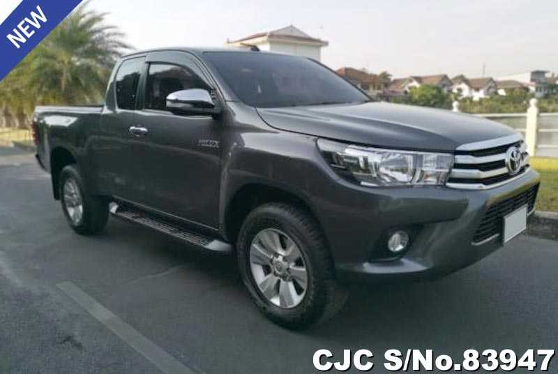 Used Toyota Hilux Revo Gray Automatic 2017 2.4L Diesel for Sale