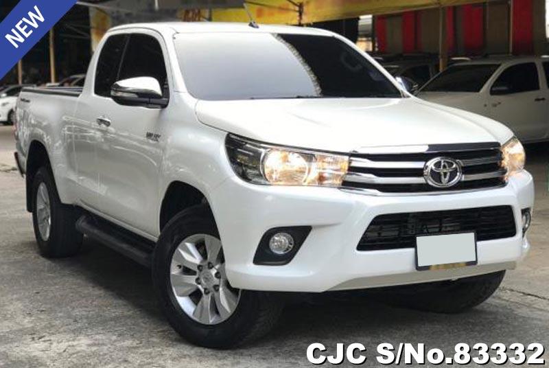 Toyota Hilux Revo White Automatic 2016 2.4L Diesel