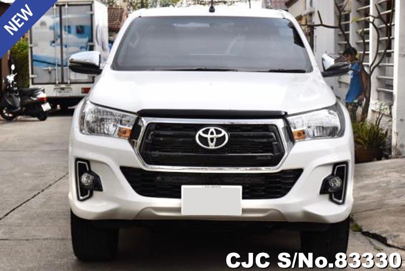 Toyota Hilux Revo White Automatic 2018 2.4L Diesel